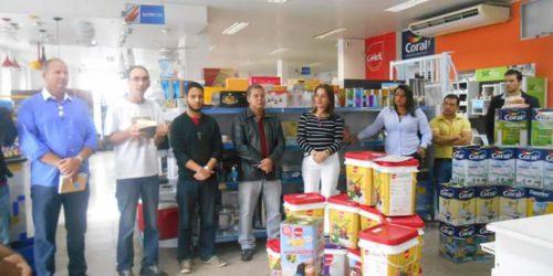 Gekril marca presença na reinauguração da loja Rede Construir Salvador