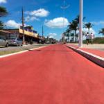 Ciclovia da praia de Jacaraípe pintada com tinta Gekril